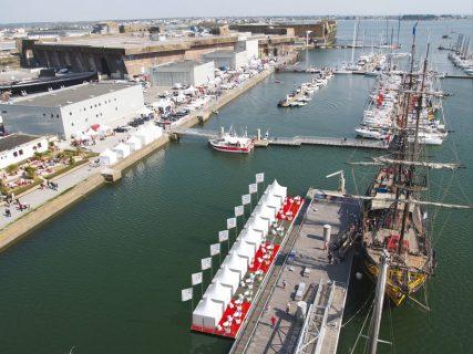 Loges flottantes - Ponton Cité de la Voile Eric Tabarly - Volvo Ocean race Lorient 2015